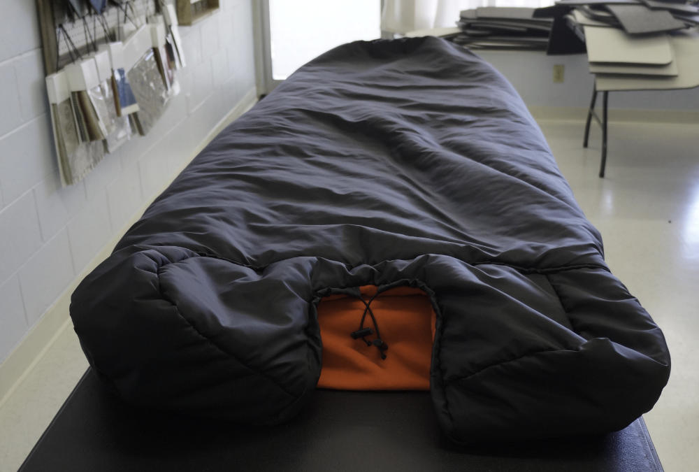 compact-sleeping-bag-2.jpg
