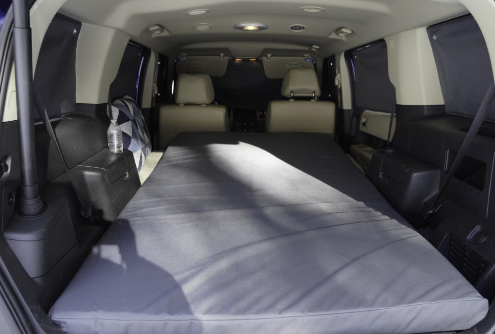 suv-bed-and-window-black-out-cloth.jpg